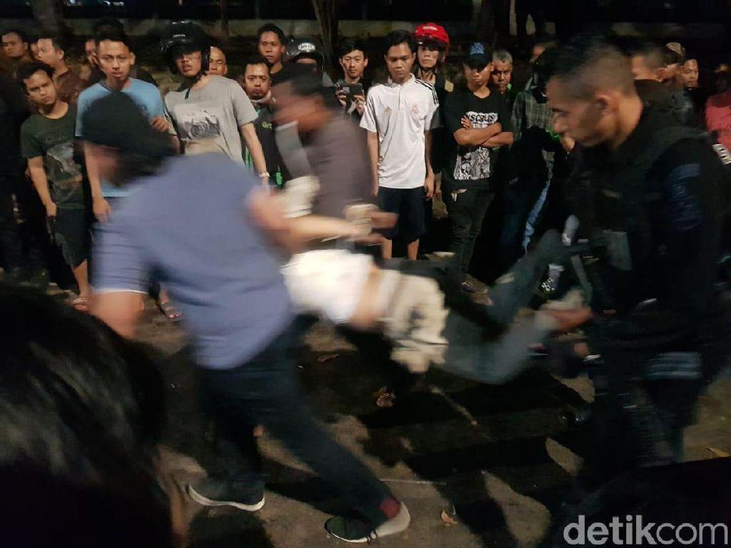 Usai Diamuk Massa di Pasar Minggu, Pengemudi Mobil Diamankan Polisi