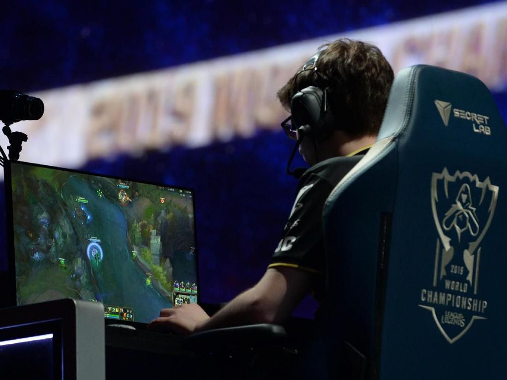 Kompetisi League of Legends di China Ditunda karena Virus Corona