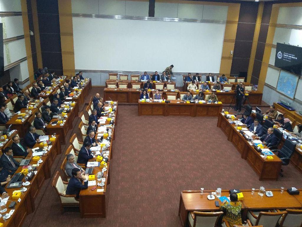 Rapat Menlu-Komisi I DPR, Anggota F-PDIP Tanya Pencekalan Habib Rizieq