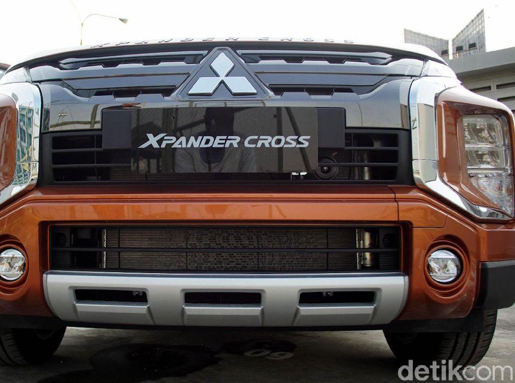 Mitsubishi Sengaja Pasang Harga Xpander Cross Lebih Mahal dari Rush cs