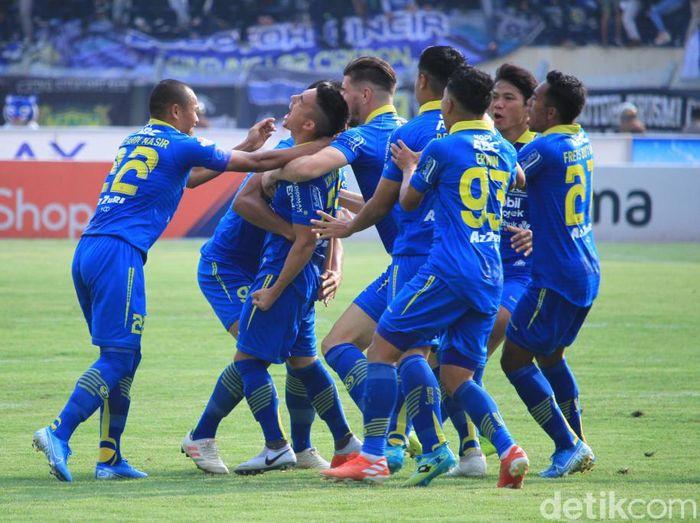 Persib Bandung mengincar posisi lima besar saat melawan barito Putera. (Foto: Wisma Putra/detikcom)