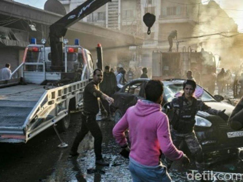 Tiga Bom Mobil Meledak di Suriah, 6 Orang Tewas