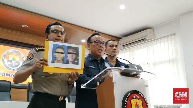 Polisi merilis foto dan identitas terduga pelaku bom bunuh diri di Mapolrestabes Medan berinisial RMN.