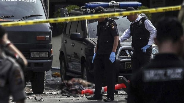 TKP bom di Mapolrestabes Medan.