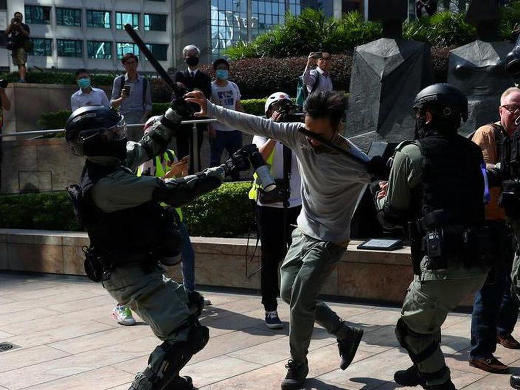 Hong Kong Berada di Ambang Kehancuran Total