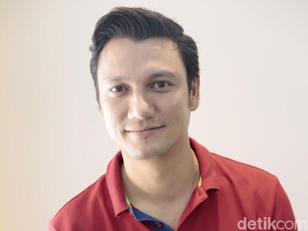 Eksklusif! Christian Sugiono: Aktor-Pebisnis yang Cinta Keluarga