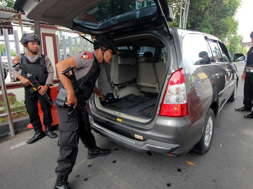 Polisi Perketat Pengamanan Pascabom Bunuh Diri
