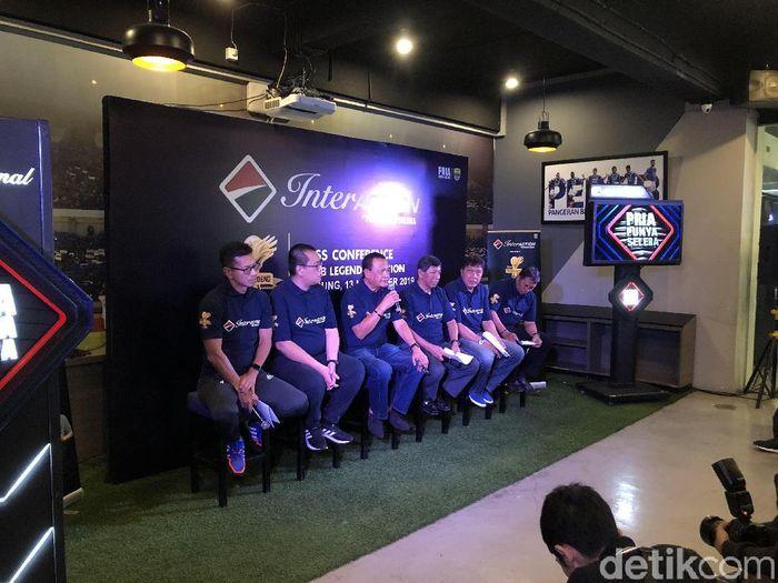 Legenda Persib Bandung akan tur di tiga kota. (Foto: Mukhlis Dinilah/detikcom)