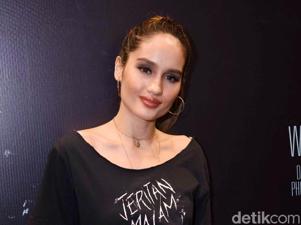 Heboh Darah Indonesia Agnez Mo, Bagaimana dengan Cinta Laura?