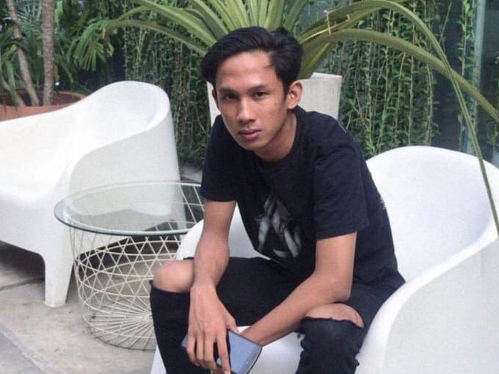 Kecelakaan di Senayan, Pengguna Skuter Listrik Ditabrak Mobil dari Belakang