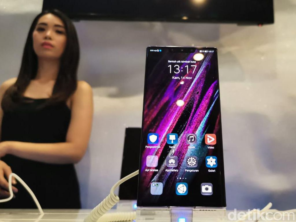 Huawei Mate 30 Pro Bebas dari Komponen Amerika