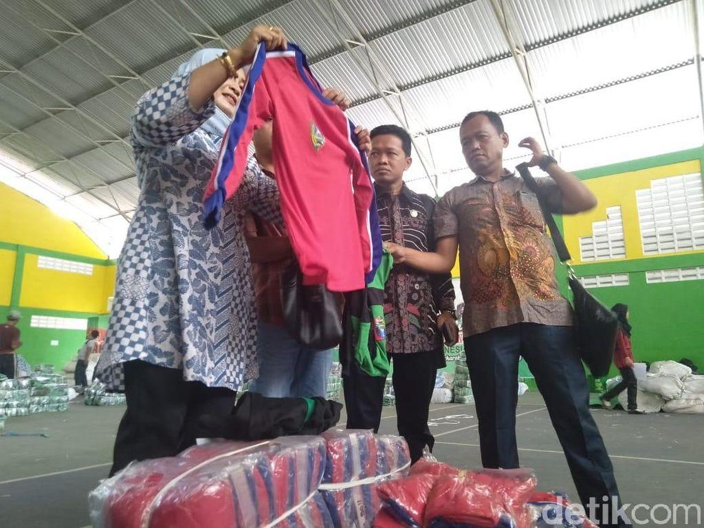 DPRD Jombang Desak APH Selidiki Pengadaan Seragam Gratis yang Kekecilan