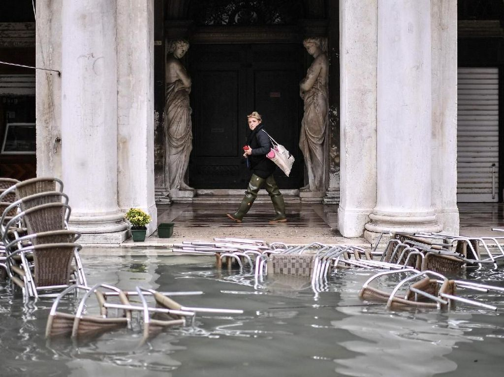 Venesia Banjir Lagi, Aman Nggak ke Sana?