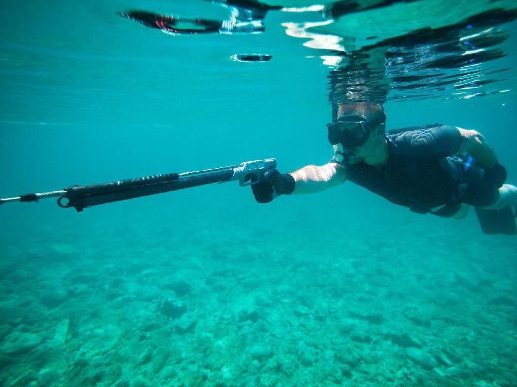 Alat Tangkap Ikan Bikin Kakak-Beradik Ditahan