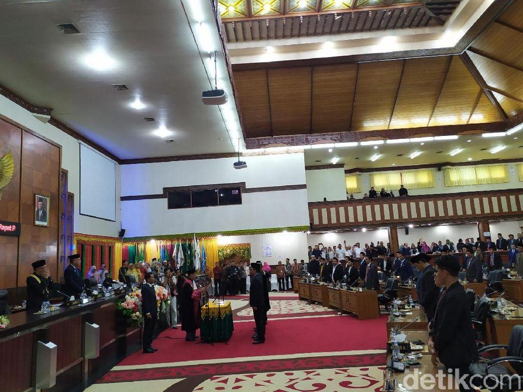 Ketua-Wakil Ketua DPR Aceh Resmi Dilantik
