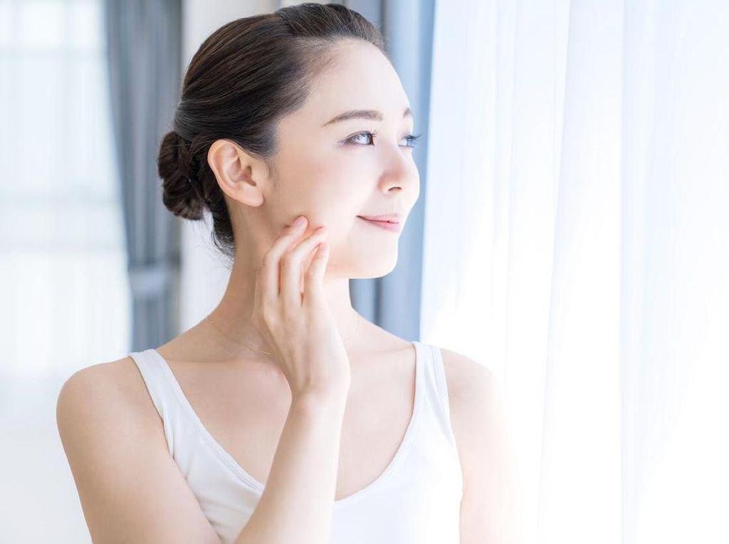5 Skincare Alami Berupa Makanan yang Bikin Kulit Putih Bersinar