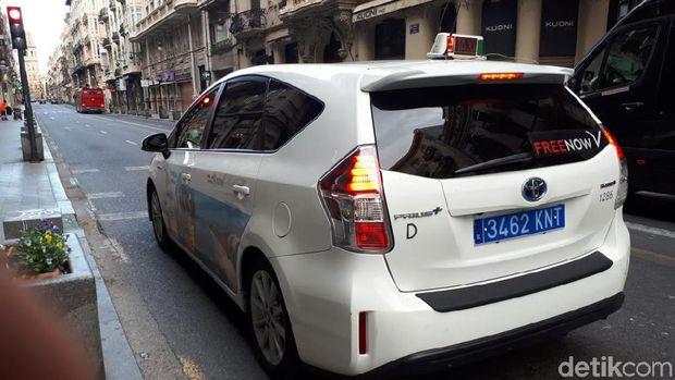 Taksi di Valencia Italia