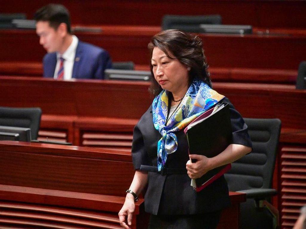 Menterinya Diserang Demonstran di London, Pemimpin Hong Kong Mengecam