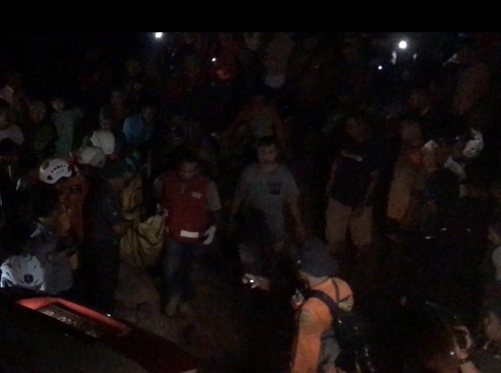 Korban Terakhir Longsor di Gunung Sariak Padang Ditemukan