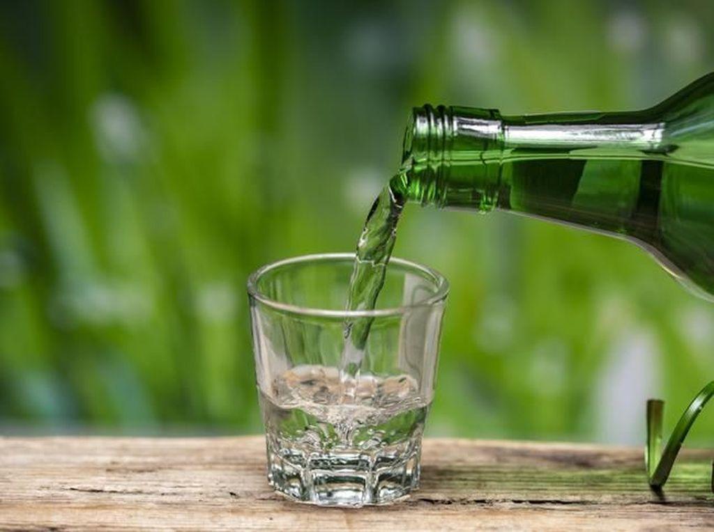 Makgeolli hingga Sungnyung, 5 Minuman Tradisional Korea Berbahan Beras