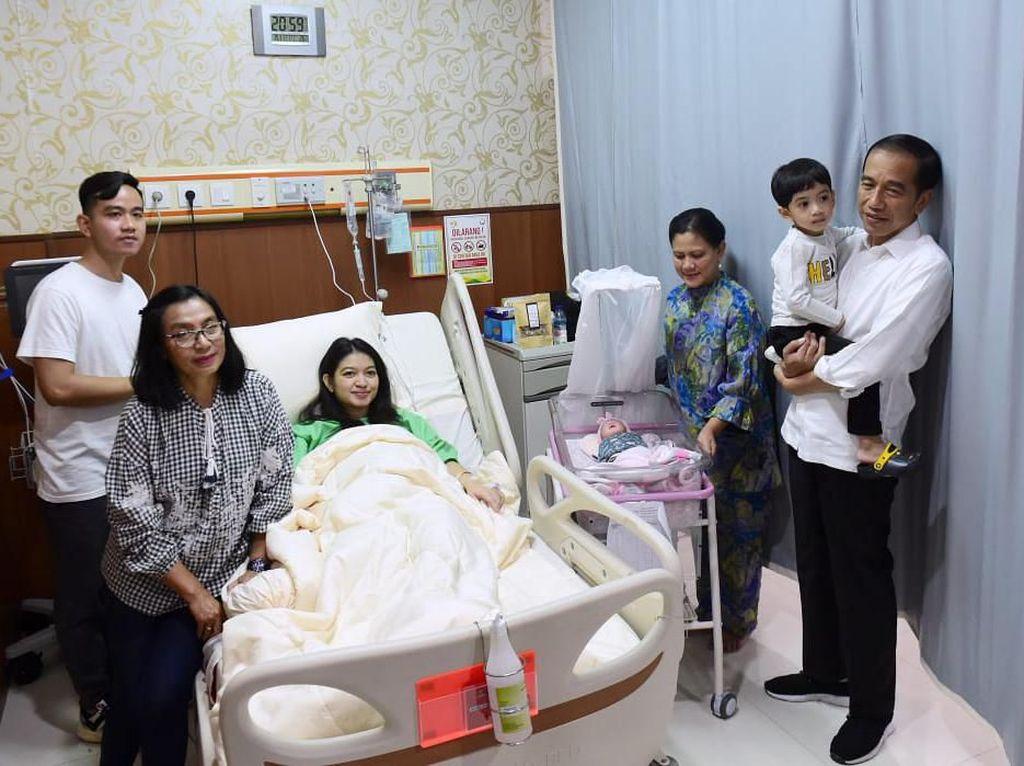 Doa Jokowi ke Cucu Ketiga: Semoga Jadi Anak Baik dan Berbakti