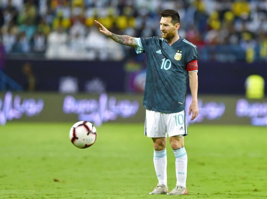 Messi ke Pelatih Brasil: Sssttt... Diam Kamu