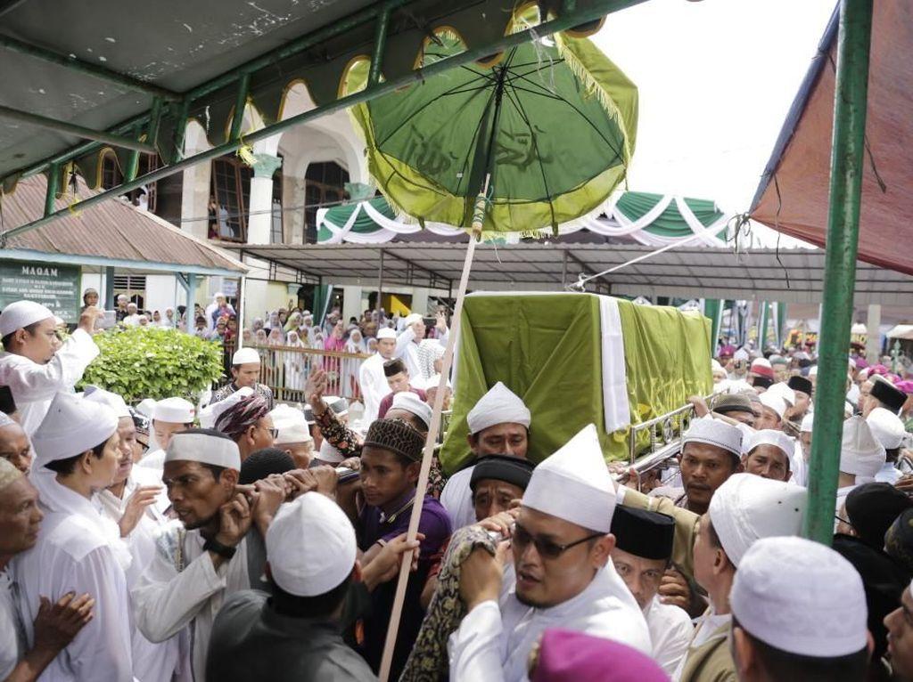 Syekh Hasyim Al-Syarwani Wafat, Gubernur Edy: Ilmu Beliau Selalu Diingat