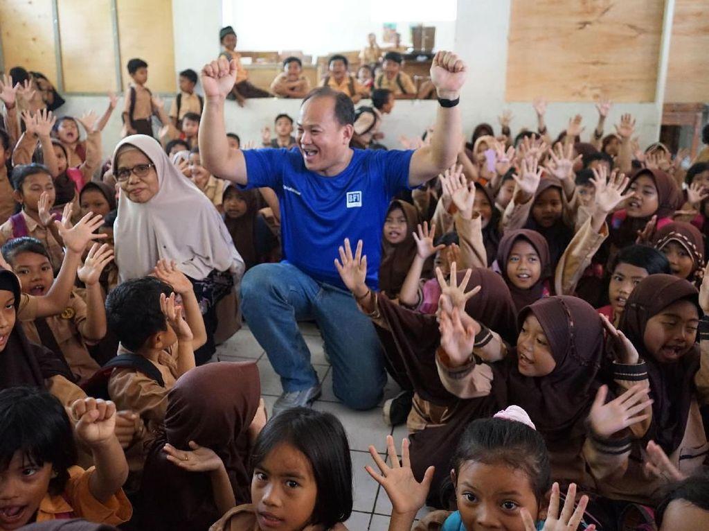 Peduli Pendidikan Lewat Renovasi Perpustakaan dan Fasilitas Sekolah