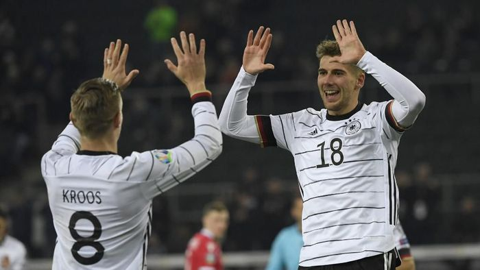 Toni Kroos sebut Jerman bukan unggulan di Piala Eropa 2020 (Foto: INA FASSBENDER / AFP)