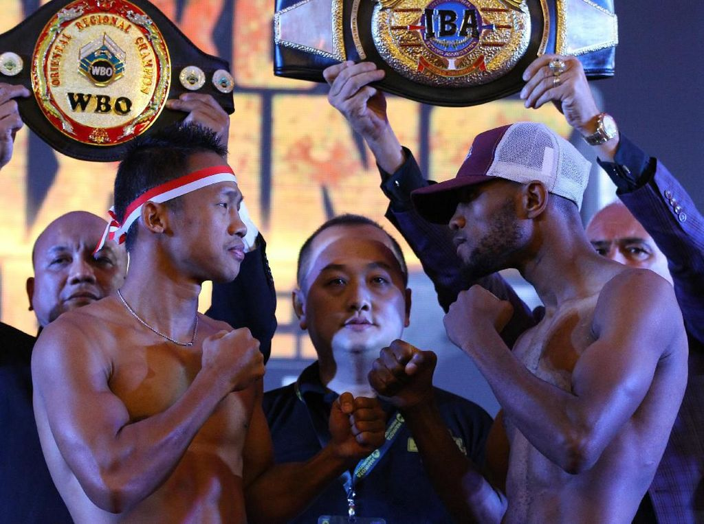 Menang TKO Vs Mokoena, Daud Yordan Rengkuh Dua Gelar Juara Dunia