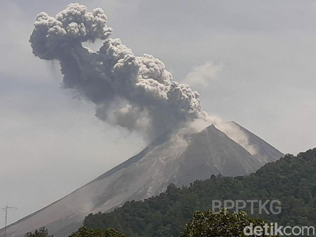 BPPTKG Ungkap Kronologi Letusan Gunung Merapi Hari Ini