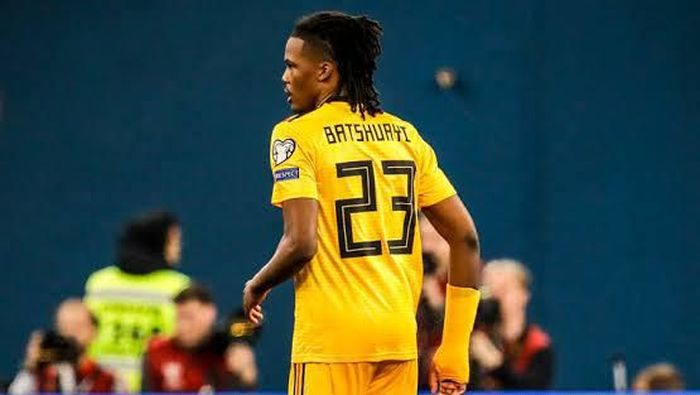 Belgia terancam sanksi dari UEFA akibat Derdryck Boyata salah mengenakan kostum milik Michy Batshuayi (Foto: Twitter.com)
