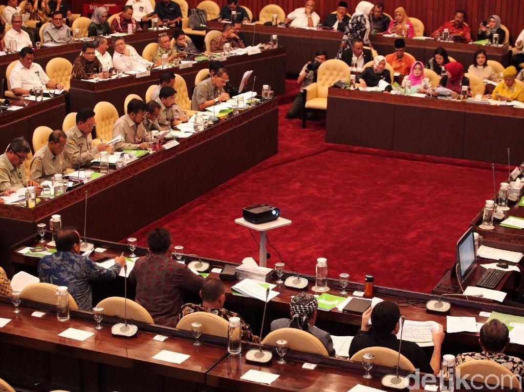 Komisi IV Cecar Kementan Soal Belanja Pegawai Balitbang: Outputnya Apa?