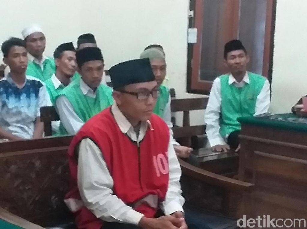 Guru Ekskul yang Sodomi 15 Siswa Divonis Kebiri Kimia dan 12 Tahun Penjara