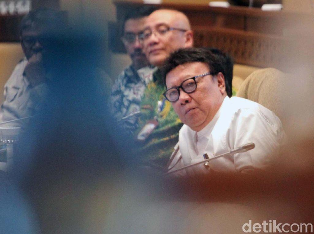 Tjahjo Minta PNS Patuhi Perintah Jokowi: Disiplin Protokol Kesehatan!