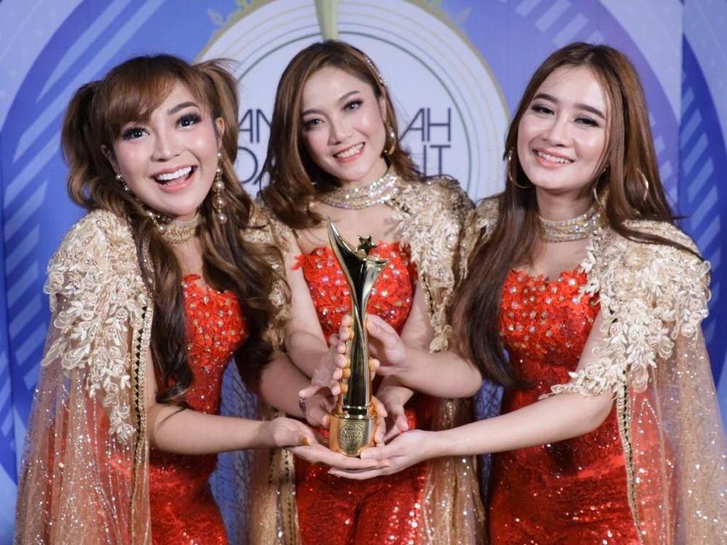 Sabet Piala ADI 2019, Trio Macan Buktikan Eksistensi di Panggung Dangdut