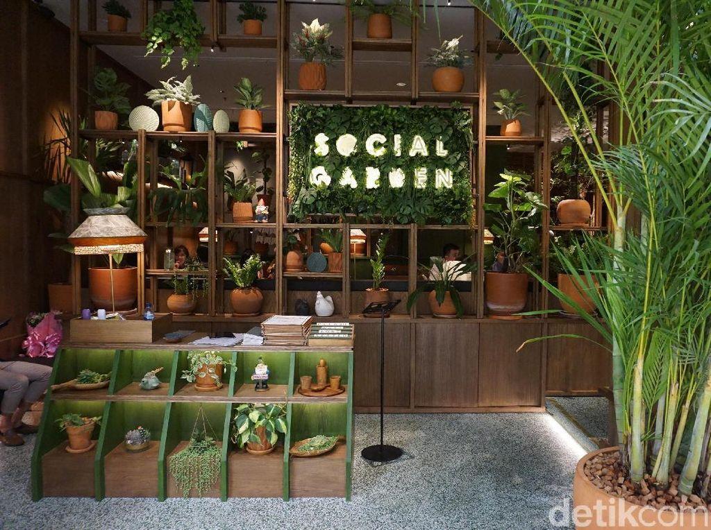 Social Garden: Ketika Restoran dan Taman Jadi Satu di dalam Mal