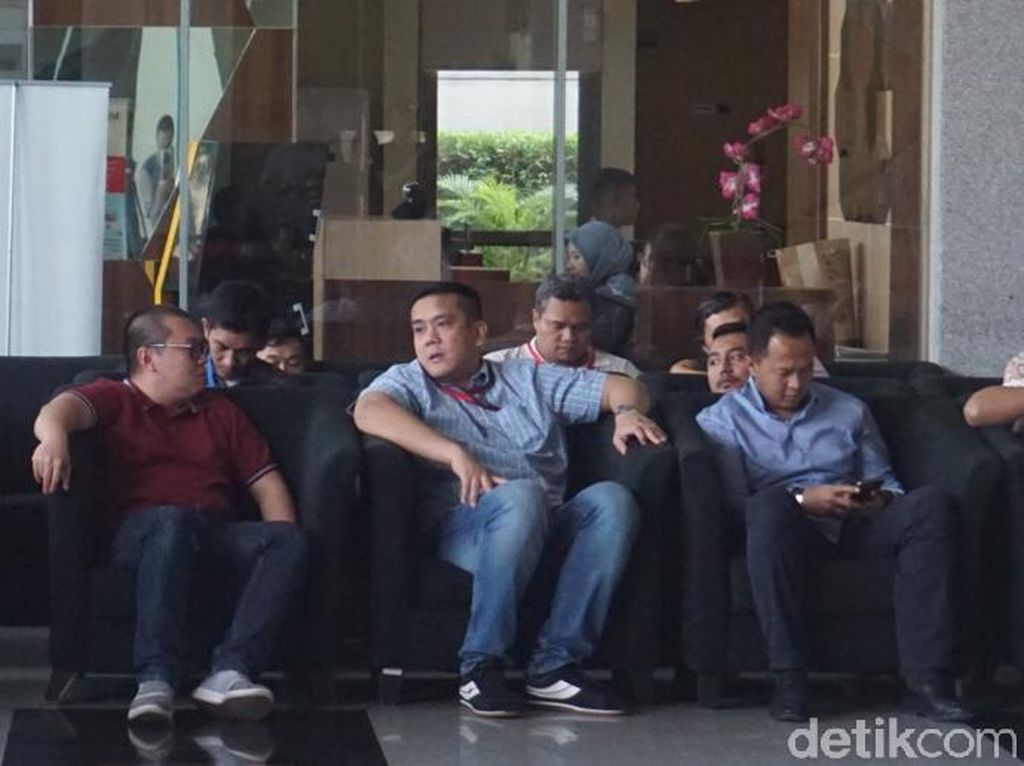 Anak Menkum HAM Penuhi Panggilan KPK di Kasus Suap Walkot Medan