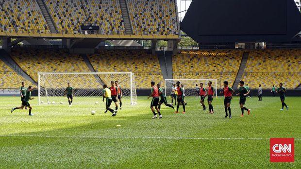 Timnas Indonesia melakukan perombakan skuat jelang laga lawan Malaysia.