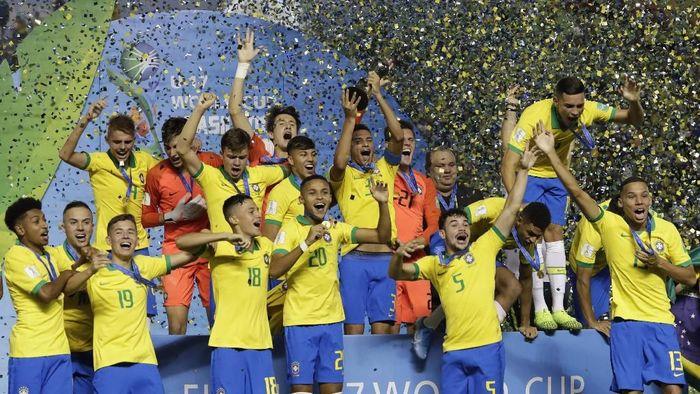 Brasil jadi juara Piala Dunia U-17 usai mengalahkan Meksiko di Final (AP Photo/Eraldo Peres)
