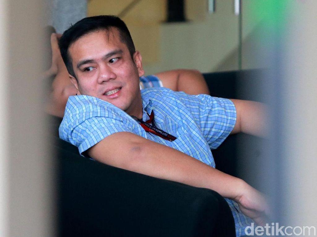 Video Anak Menkum HAM Diperiksa KPK Jadi Saksi Kasus Walkot Medan