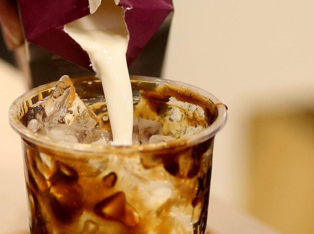 Lagi Hits Minuman Brown Sugar, Benarkah Gula Aren Lebih Sehat?