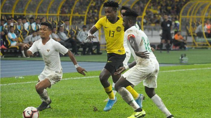 Indonesia dikalahkan Malaysia 0-2 dalam lanjutan Kualifikasi Piala Dunia 2022 (Foto: ANTARA FOTO/Rafiuddin Abdul Rahman/pd)