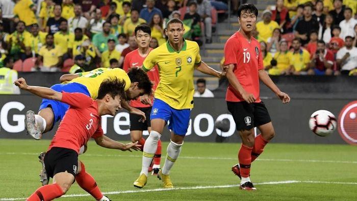 Brasil menang 3-0 atas Korea Selatan dalam pertandingan persahabatan (Foto: Giuseppe CACACE / AFP)