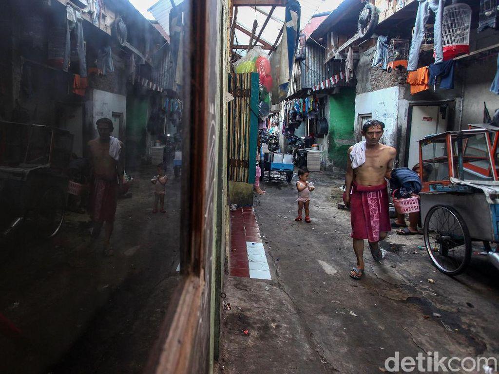 Sri Mulyani Dorong Pemda Update Data Keluarga Miskin saat Pandemi