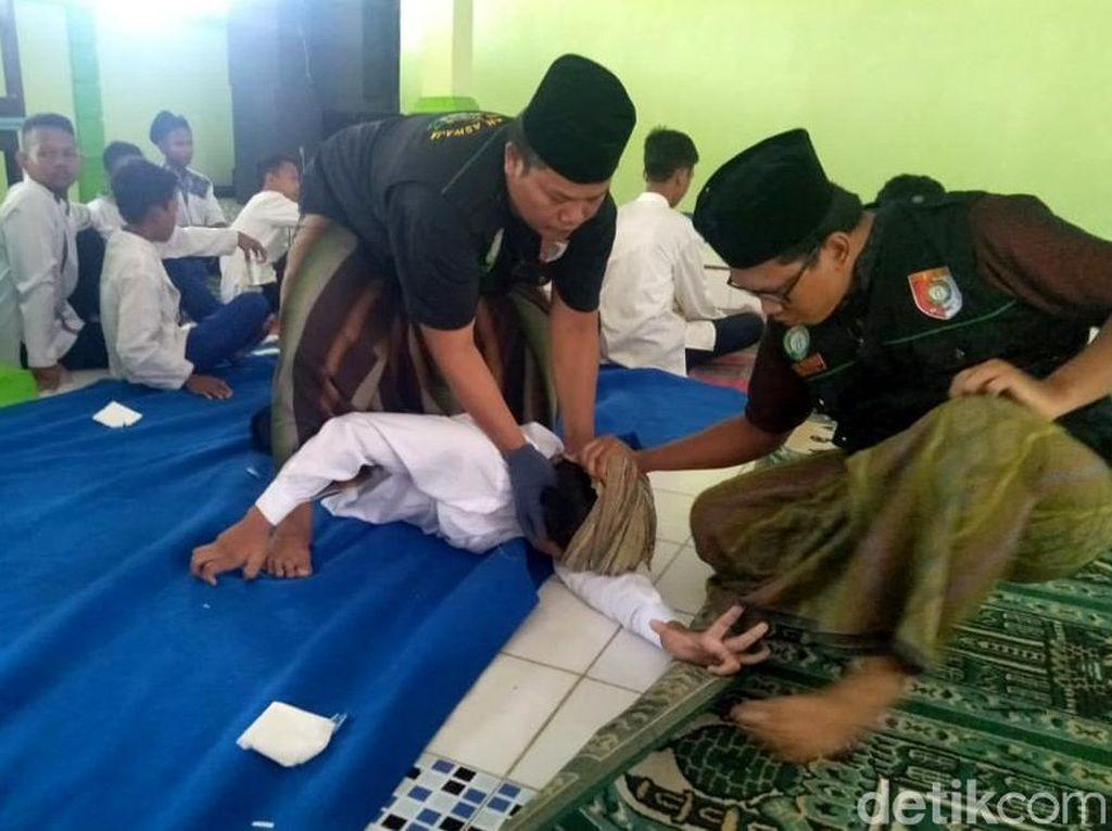 Keluhan Siswa SMP Jombang yang Kerap Kesurupan hingga Dirukyah