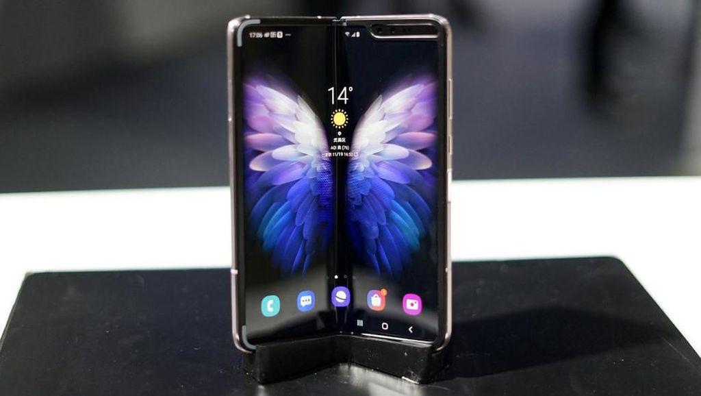 Penampakan Galaxy W20 5G yang Bikin Kesengsem