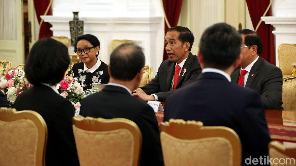 Presiden Jokowi Menerima Parlemen Singapura