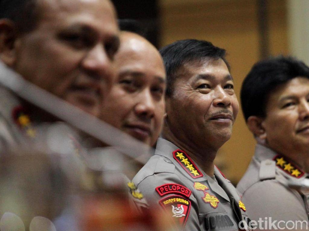 Rapat Perdana Kapolri Jenderal Idham Azis Bersama Komisi III DPR