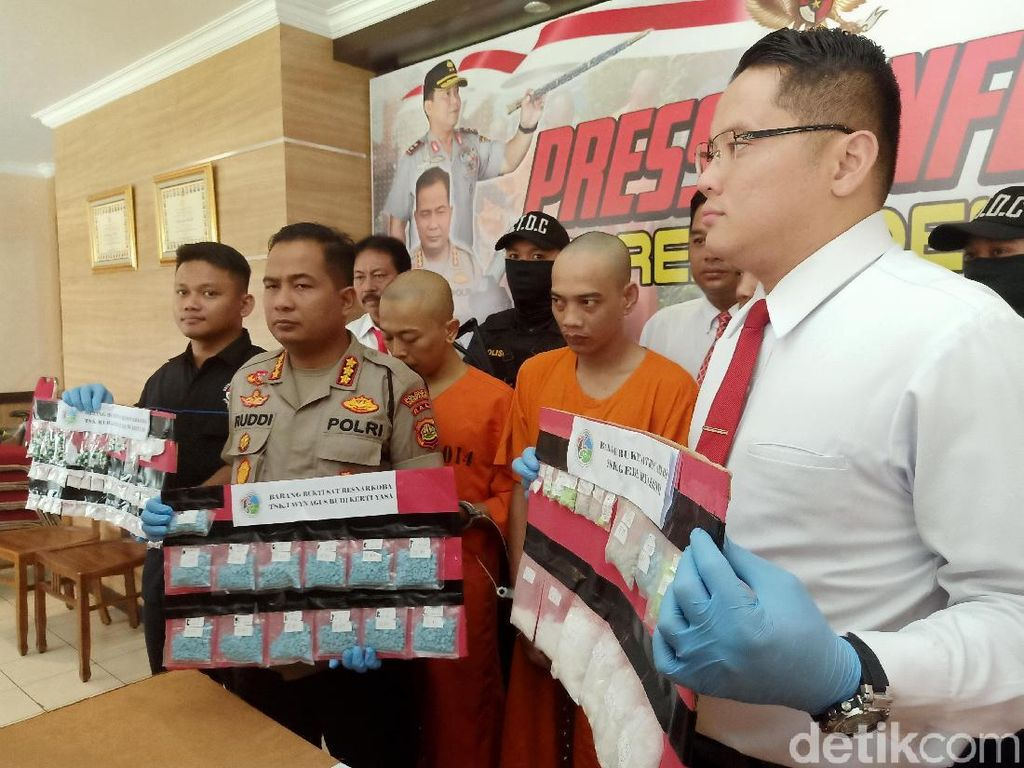 Tangkap 3 Pengedar Narkotika di Bali, Polisi Sita Ribuan Pil Ekstasi